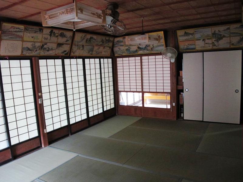 籠り堂(こもりどう)、奥からの写真撮影